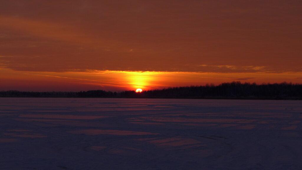 Loojang Klooga järvel
