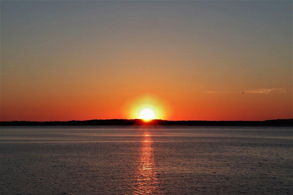 Päikesetõus Leetse pangal
